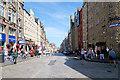NT2573 : The Royal Mile, High Street by David Dixon