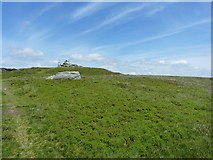 SJ0734 : Round barrow on Cadair Bronwen by Richard Law