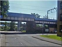 NS5566 : Glasgow bridges [4] by Michael Dibb