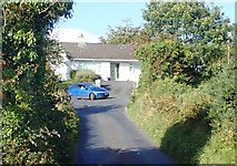 J0226 : The junction of Sturgan Brae and the Old Road by Eric Jones