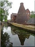 SJ6902 : Bottle kiln at Coalport by Philip Halling