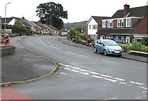 ST3091 : Bend in Almond Drive, Malpas, Newport by Jaggery