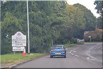 SJ8542 : Newcastle-Under-Lyme : Newcastle Road A519 by Lewis Clarke