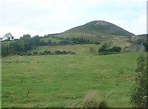 J0125 : Sugar Loaf Hill from Sturgan Brae (B30) by Eric Jones