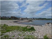NO8785 : Pebble beach, Stonehaven by Alex Passmore