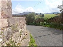 J0613 : Bend at the NE end of Iarnrod Eireann's OBB 159 Bridge by Eric Jones