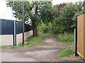 TQ4062 : Public footpath near New Addington by Malc McDonald