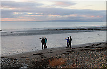 NX1896 : Framing the Shot, Ainslie Shore by Billy McCrorie