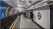 TQ2981 : Platform, Tottenham Court Road Underground Station by Rossographer