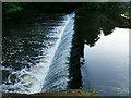 NS5767 : Weir below Queen Margaret Bridge by Stephen Craven