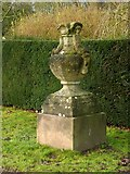 SK6464 : Rufford Abbey Country Park – urn 1 by Alan Murray-Rust