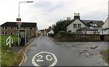 NO4800 : Ferry Road, Earlsferry by Bill Kasman