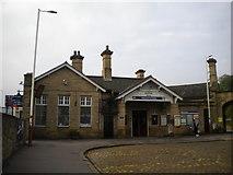 SE1537 : Booking hall, Shipley railway station by Richard Vince