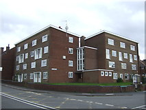 SO9988 : Flats on Crosswells Road by JThomas
