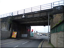 TQ7369 : Railway bridge over Canal Road, Strood by Richard Vince
