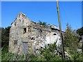 NZ1452 : Derelict barn at Pontop by Robert Graham