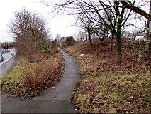 SP0189 : Path towards Telford Way, Smethwick by Jaggery