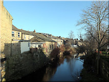 SE1115 : River Colne, Milnsbridge by habiloid