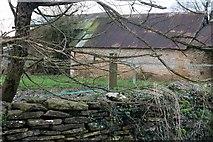 ST8968 : Barn at Attwood Farm, Gastard by David Howard