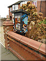 "SE2527 : ""Little Free Library"", Scatcherd Lane by Stephen Craven"