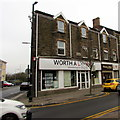 SS7597 : Worth a Look in Neath by Jaggery