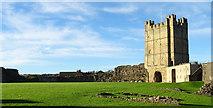 NZ1700 : Richmond Castle by habiloid