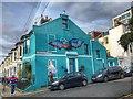TQ3203 : Brighton - blue house in Kemptown by Ian Cunliffe