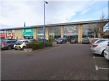 SO9198 : Retail Park by Gordon Griffiths