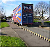 ST3186 : B&M articulated lorry, Docks Way, Newport by Jaggery