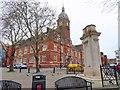 SU1584 : Swindon Town Hall and War Memorial by Steve Daniels