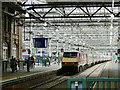 NT2573 : Edinburgh Waverley - London departure by Stephen Craven