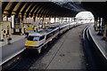 SE5951 : Inter City train at York by Ian Taylor
