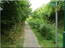 TQ0487 : Path junction on path towards Denham station by Robin Webster