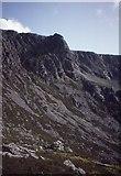 SH5150 : Craig yr Ogof, Cwm Silyn by Richard Webb