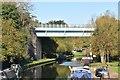 TQ0896 : Metropolitan Line Bridge, Grand Union Canal by N Chadwick