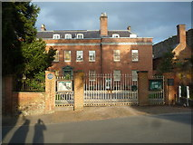 SO5074 : Entrance Gates to Dinham House (Ludlow) by Fabian Musto