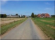 SE7675 : Ryton Rigg Road at Riverdene by Ian S