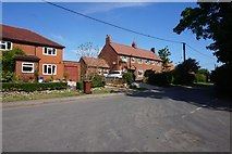 SE7576 : Kirby Mispenton Lane, Great Habton by Ian S