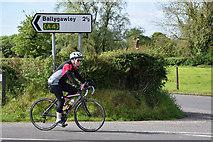 H5956 : Cyclist, Ballynasaggart by Kenneth  Allen