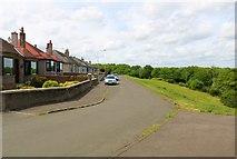 NO3700 : Kinnarchie Crescent, Methil by Bill Kasman