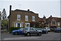 TQ0487 : Winton House by N Chadwick