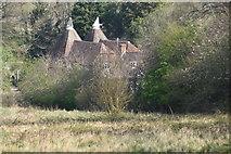 TQ5944 : Bournemill Farm Oast by N Chadwick