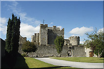 S0524 : Cahir Castle by Colin Park