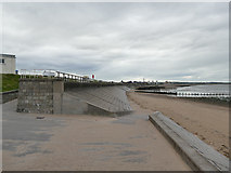 NJ9505 : South end of the Esplanade, Aberdeen by Stephen Craven
