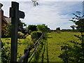 SO9962 : Footpath next to Elmtree Farm, Berrowhill Lane by Jeff Gogarty