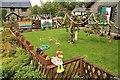SH7950 : Garden party by Richard Hoare