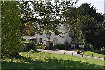 TQ5835 : Shernfold Lodge by N Chadwick