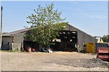 TQ5936 : Barn, Brickhouse Farm by N Chadwick