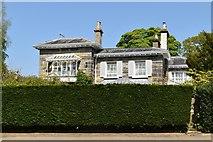 TQ5839 : 1, Calverley Park by N Chadwick