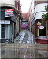 ST3187 : Cobbled dead-end lane in Newport city centre by Jaggery